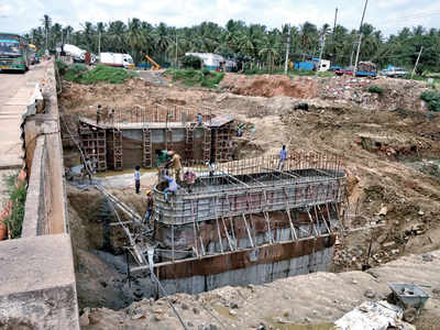 BBMP begins work on Varthur Kodi