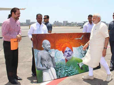 Mumbai artist's painting of Narendra Modi and Mahatma Gandhi fetches highest price at charitable auction