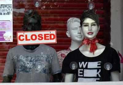 Maharashtra considers ban on e-commerce non-essentials in lockdown