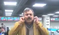 Nuclear bomb vs tomatoes: When Pak journalist loses his cool