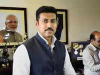 Ahead of Khelo India Youth Games 2019 Sports Minister promotes #5MinuteAur challenge
