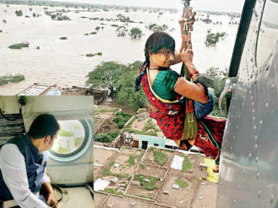 Maharashtra Floods: State government asks SBI, RBI to arrange for cash