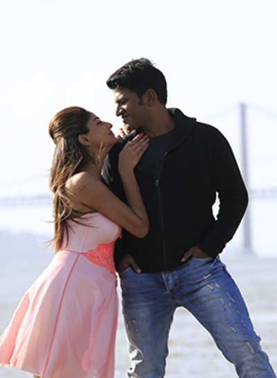Movie Review: Chakravyuha