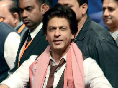 Fake News Buster: Shah Rukh Khan did not send Rs 45 cr to pakistan