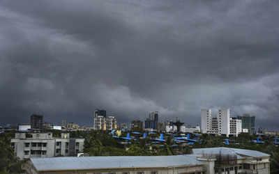Cyclone Maha to move west-northwestwards till November 4; likely to bring heavy rainfall in South Gujarat and Maharashtra