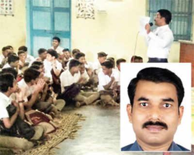 Teacher frames 50L sentences with 170 words; sets record