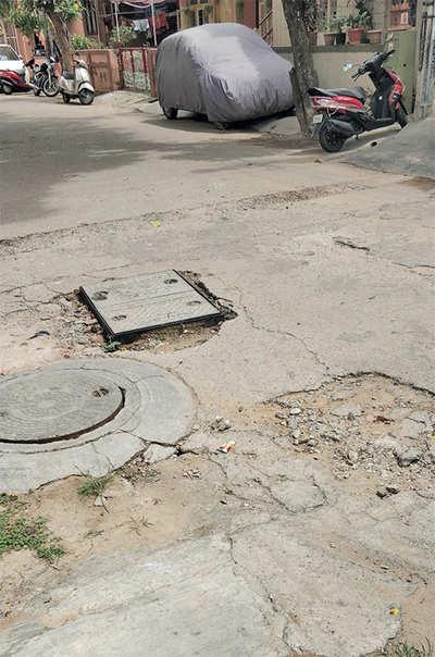 Fix the pothole in Basaveshwaranagar