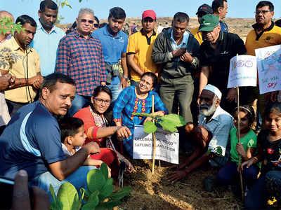 Karnataka: For them, Sundays are for planting trees