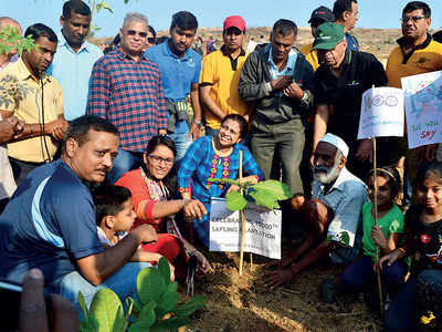 Karnataka: For them, Sundays are for planting trees