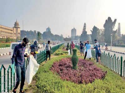 Ploggers clean up Ambedkar Veedhi