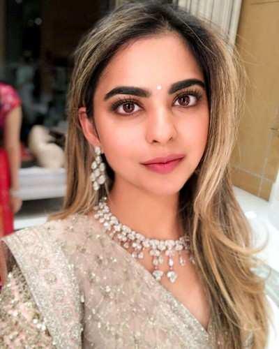 Isha Ambani, Anand Primal's engagement party: From Shah Rukh Khan, Karan Johar to Ranbir Kapoor, Bollywood celebs attend the bash