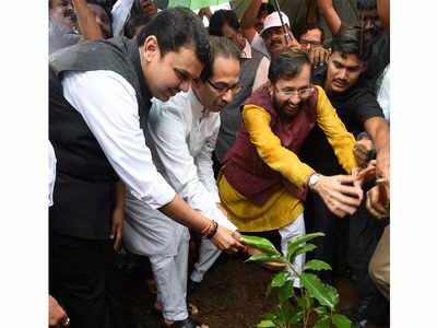Maha govt's saplings plantation drive mere eyewash: Sayaji Shinde