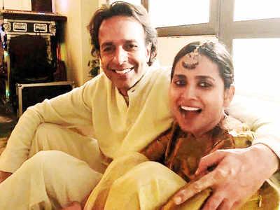 Sculptor Aman Khanna gets married to designer Amrit Kumar