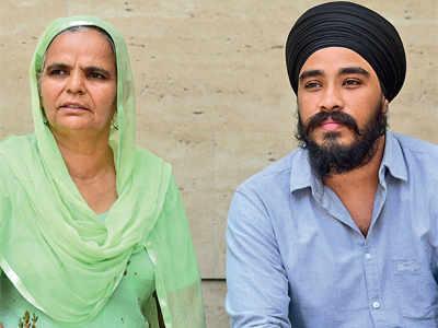 Slain man's kin wants case reopened, CBI probe