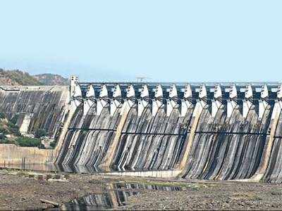 Power generation from Narmada dam hits a 15-year low