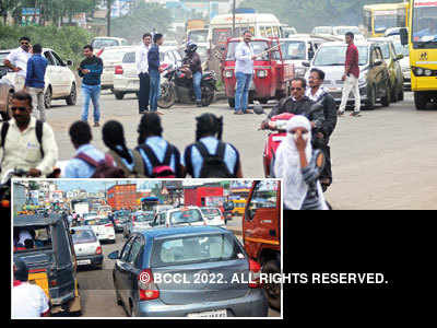 Residents' WhatsApp group turns saviour for Wagholi's traffic woes