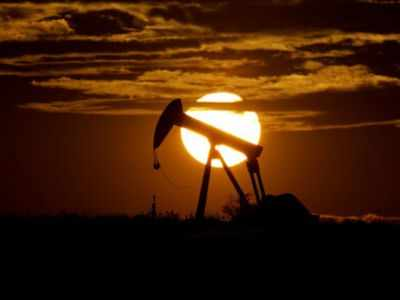Oil prices go negative, here's what it means!