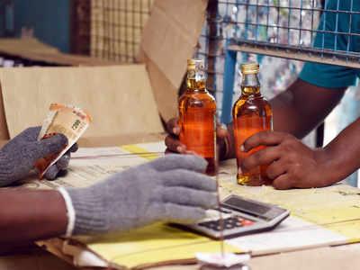 Kerala hikes liquor prices amid Covid-19 lockdown