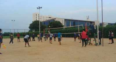 Luck against experience at BU's Inter Volleyball Match