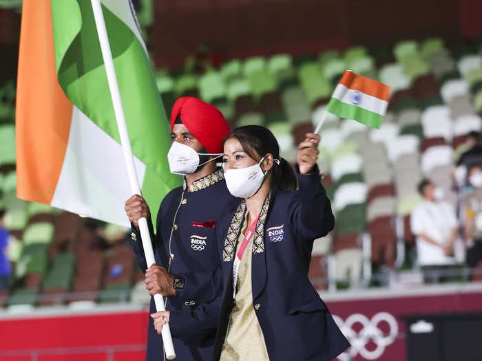 ICYMI | India's flag bearers: Mary Kom & Manpreet Singh