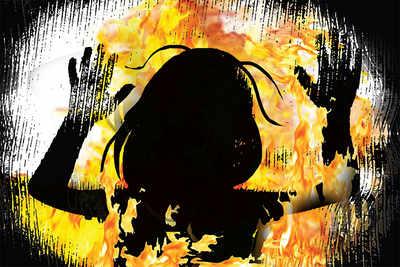 Bengaluru: Girl burnt alive, cops remain unmoved