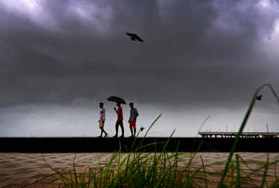 mumbai rains live updates heavy rain forecast bmc gears up to