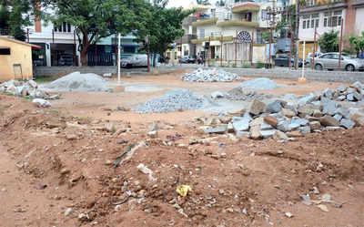 BBMP builds compound wall, leaves park unusable