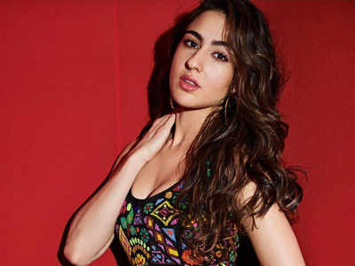 No helmet lands Sara Ali Khan in trouble
