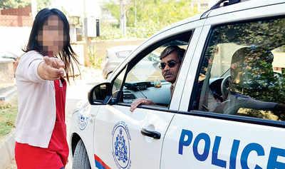 Yet again! Cops put woman in harm's way in Namma Bengaluru