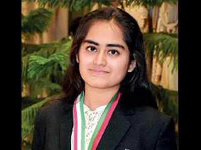 Surat girl Stuti Khandwala cracks AIIMS test, JEE; to join MIT