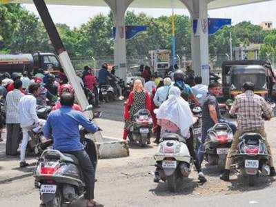 Fuel price hike: Petrol price nears Rs 90/litre in city, diesel cost on rise