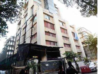 BMC issues notice to Churchgate building to stop construction