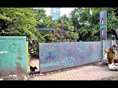 PMC depts play blame game, as unique garden lies in a shambles