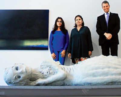 Relative value: Banking on art