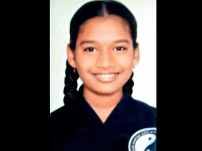 15-year-old dies in school, heart attack suspected