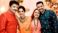 Udit Narayan confesses that he still roams around in towel at home