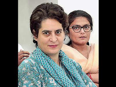 Cong claims WhatsApp alerted Priyanka Vadra