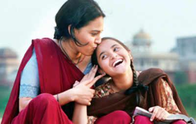 Film review: Nil Battey Sannata