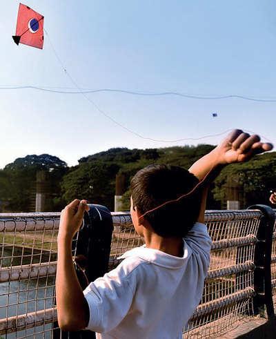 Kite thread, brawl injure three; booze worth Rs 1.68L seized