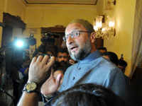 Hyderabad: Asaduddin Owaisi takes jibe at Chandrababu Naidu for alliance with Congress in Telangana assembly polls