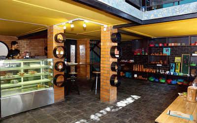Restaurant review : THE TEAL DOOR CAFE