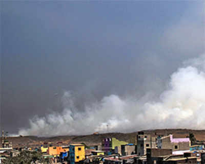 Smoke from Deonar fire blankets areas