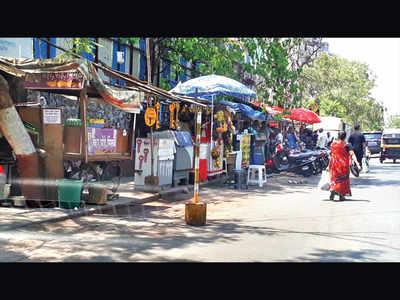 Clear off illegal vendors: Viman Nagar residents