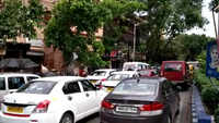 Lockdown 4.0: Post Cyclone Amphan, thousands of vehicles hit the roads in Kolkata