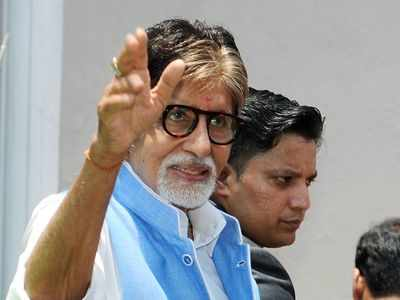Amitabh Bachchan welcomes 'irrepressible' Kamaal R Khan on Twitter
