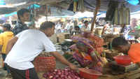 Onion prices shoot up to Rs 110 kg in Bengal's Siliguri