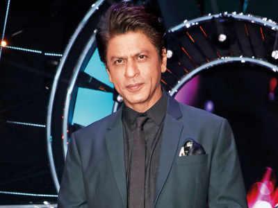 Shah Rukh Khan gets honorary doctorate by La Trobe University