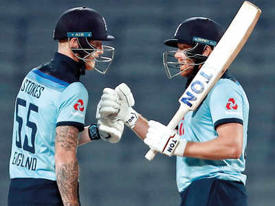 Dominant England toss India over the ropes
