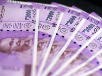 Rupee inches up 3 paise to 70.91