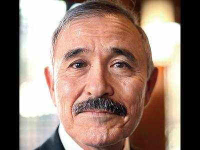 US envoy to Seoul shaves off controversial moustache